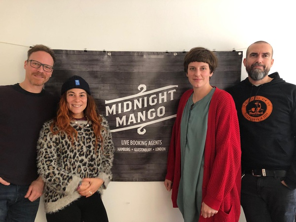 Midnight Mango Hamburg